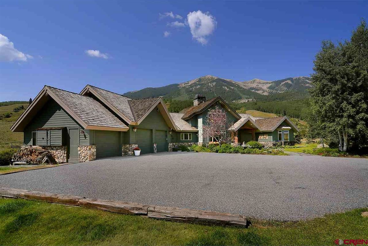 Exclusive Estate in Crested Butte luxury homes