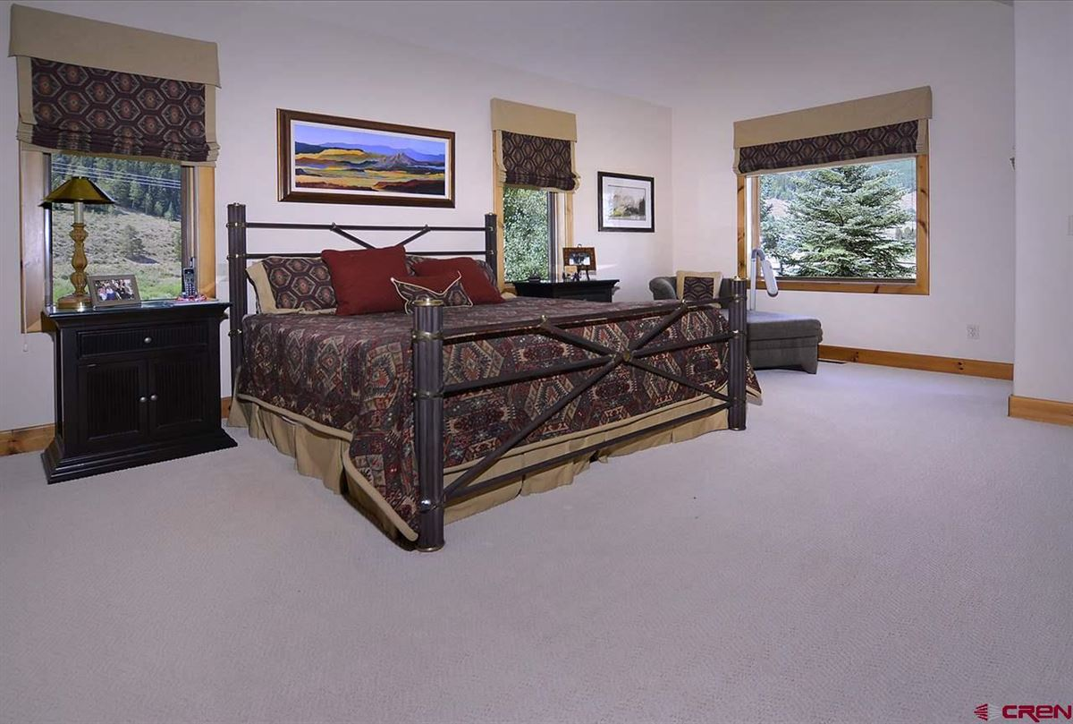 Mansions Exclusive Estate in Crested Butte