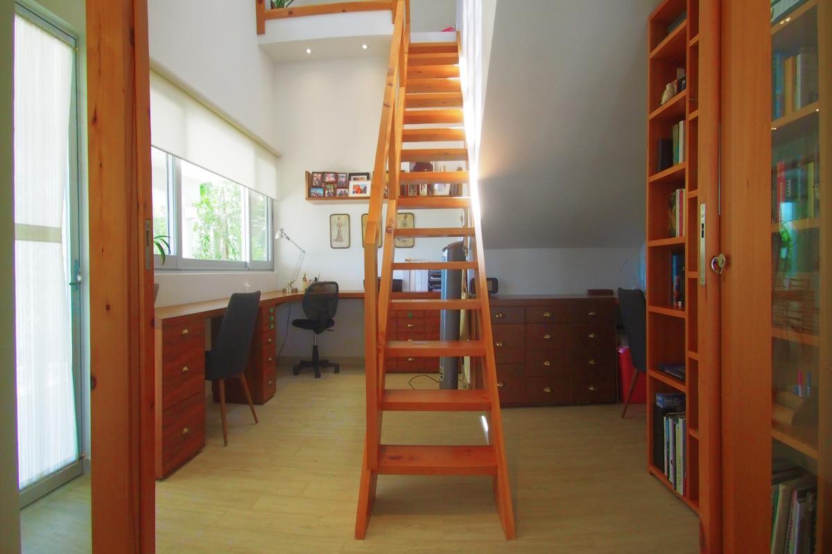 Mansions in CASA SERRANO