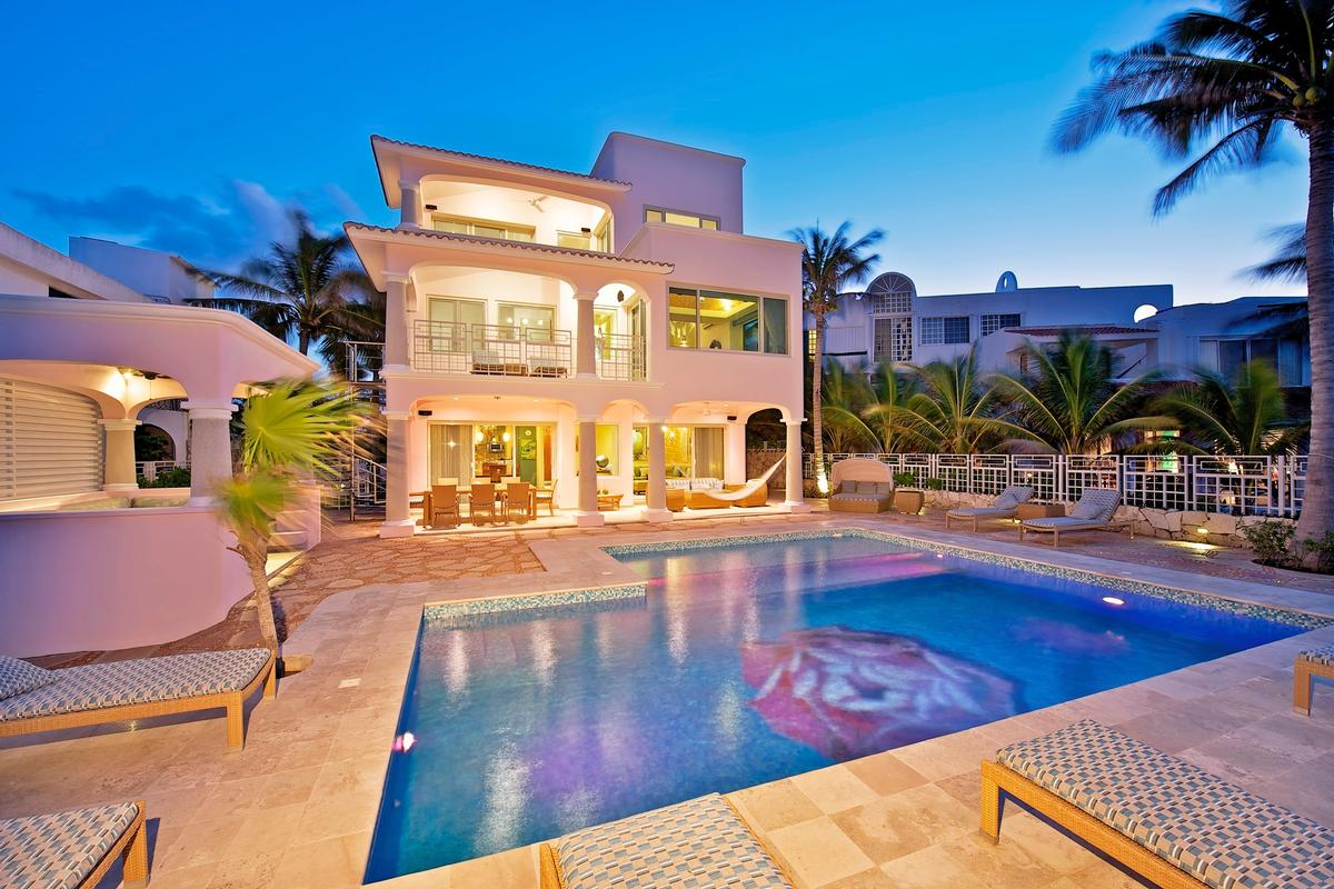 Brilliant Cancun Luxury Homes And Cancun Luxury Real Estate Property Home Interior And Landscaping Transignezvosmurscom