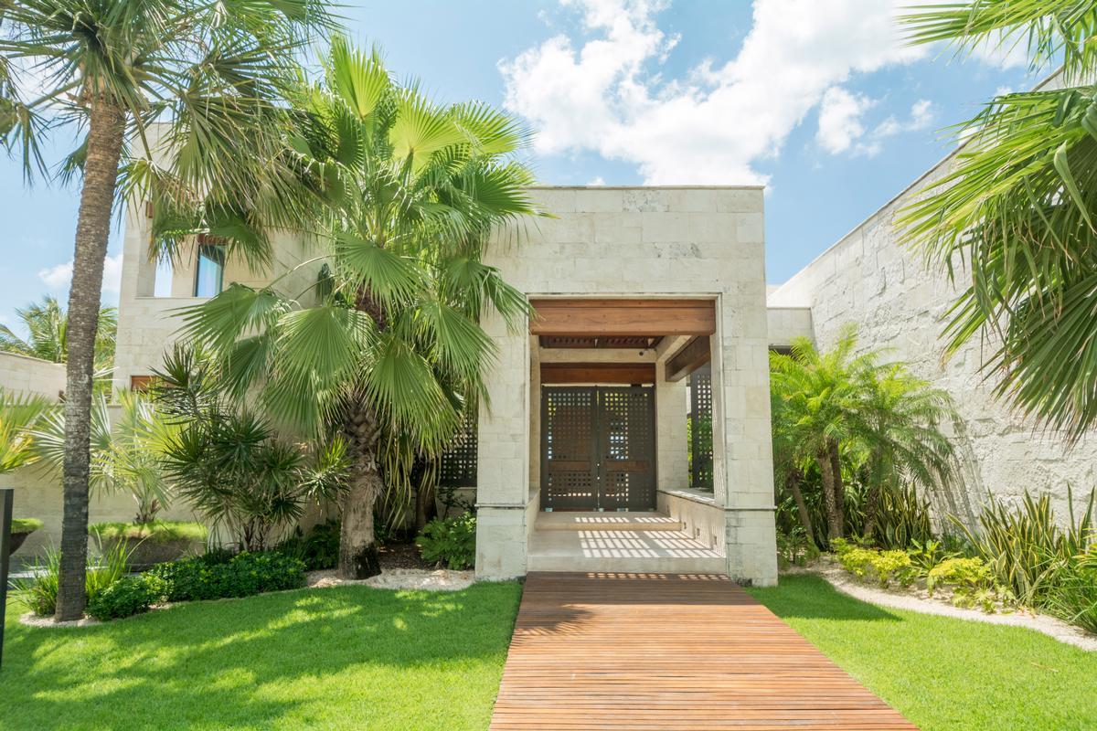Luxury homes CASA SAANEN in Playa Del Carmen
