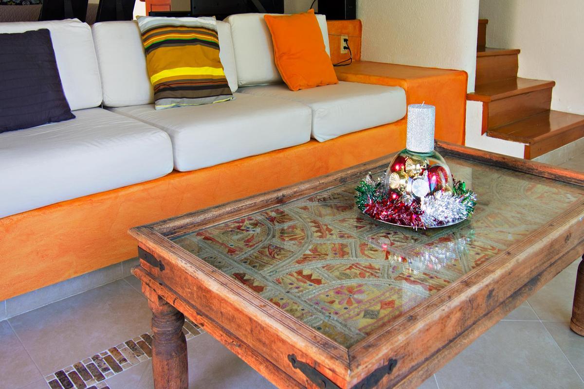 CASA MURMULLO luxury homes