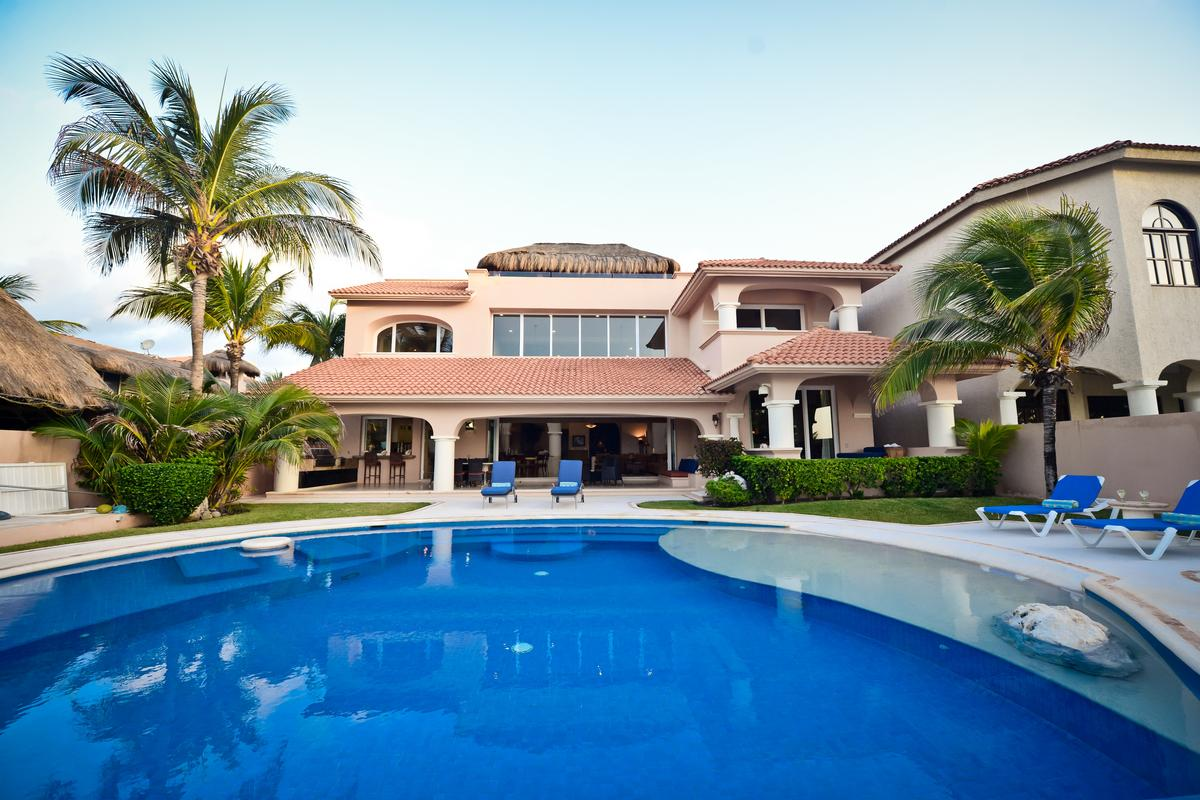 Luxury properties VILLA NAUTICA