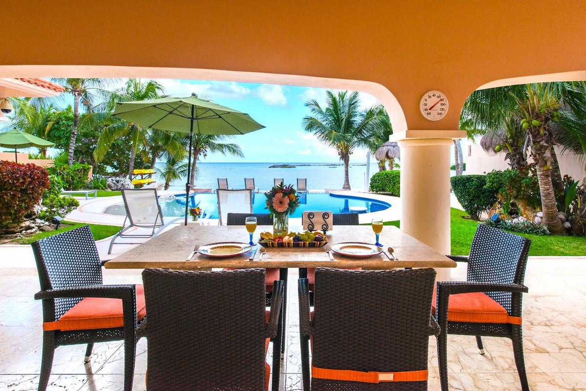 Luxury homes in VILLA NAUTICA