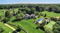 Luxury homes in Stillmeadow Farm