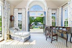 Mansions in Stillmeadow Farm