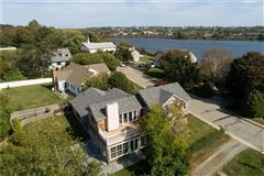 Mansions in an Exceptional turn-key home