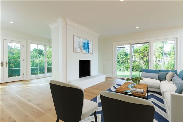 Mansions an Exceptional turn-key home