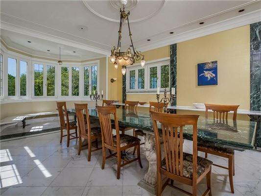 Luxury properties Villa al Mare in newport