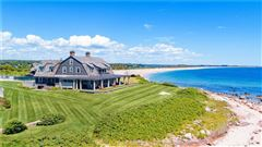 Mansions DIRECT OCEANFRONT WITH BEACH in Rhode Island