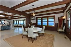 Luxury homes in DIRECT OCEANFRONT WITH BEACH in Rhode Island