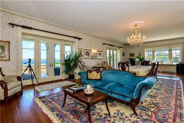 the perfect coastal retreat in Rhode Island luxury homes