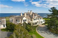 Mansions in UNRIVALED SETTING AND EXTRAORDINARY OPPORTUNITY