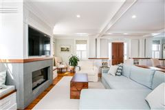 Luxury homes reminiscent of luxury yacht