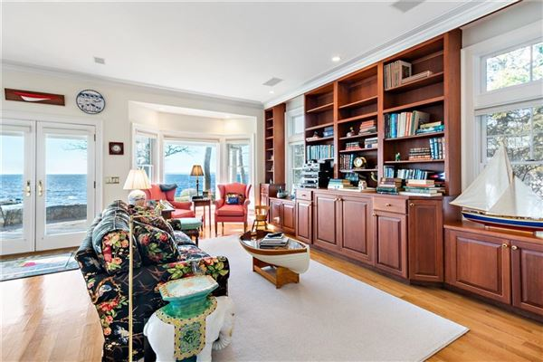 Luxury real estate Windswept - a very rare Watch Hill offering