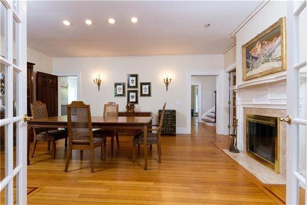 Luxury properties an Elegant estate home