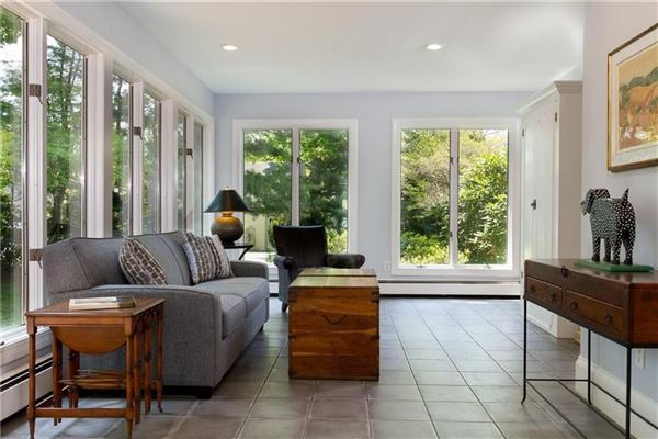 Luxury homes in an Elegant estate home