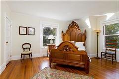 Mansions in an Elegant estate home