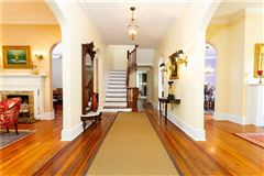 Luxury homes HISTORIC AND BEAUTIFULLY RENOVATED