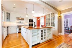 Luxury properties HISTORIC AND BEAUTIFULLY RENOVATED