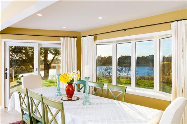 original Mid-Century Modern home luxury properties