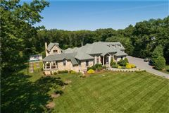 Luxury real estate  Elegant and welcoming Residence