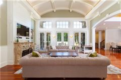 Luxury homes in  Elegant and welcoming Residence