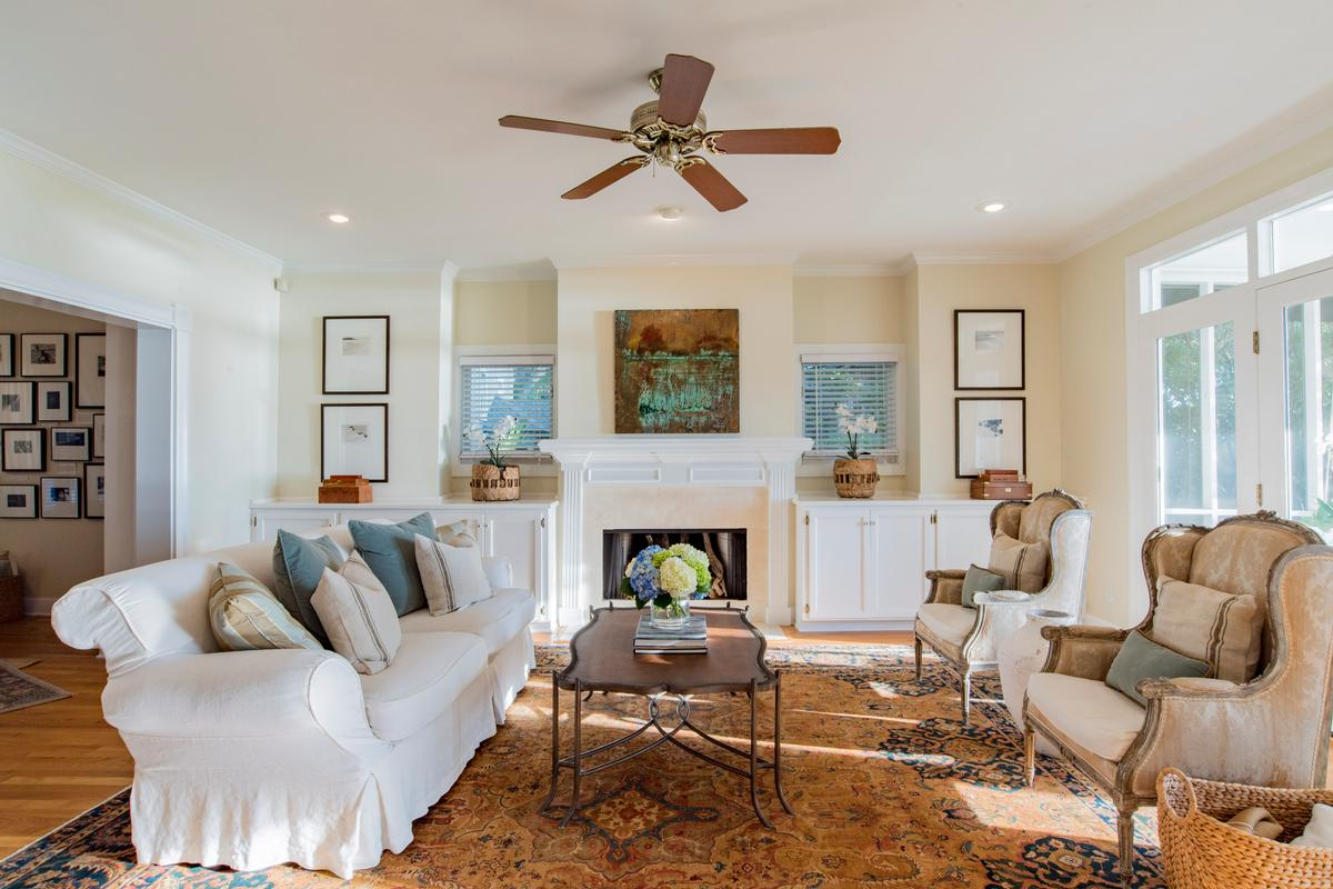 Luxury homes Classic Southern Bayfront
