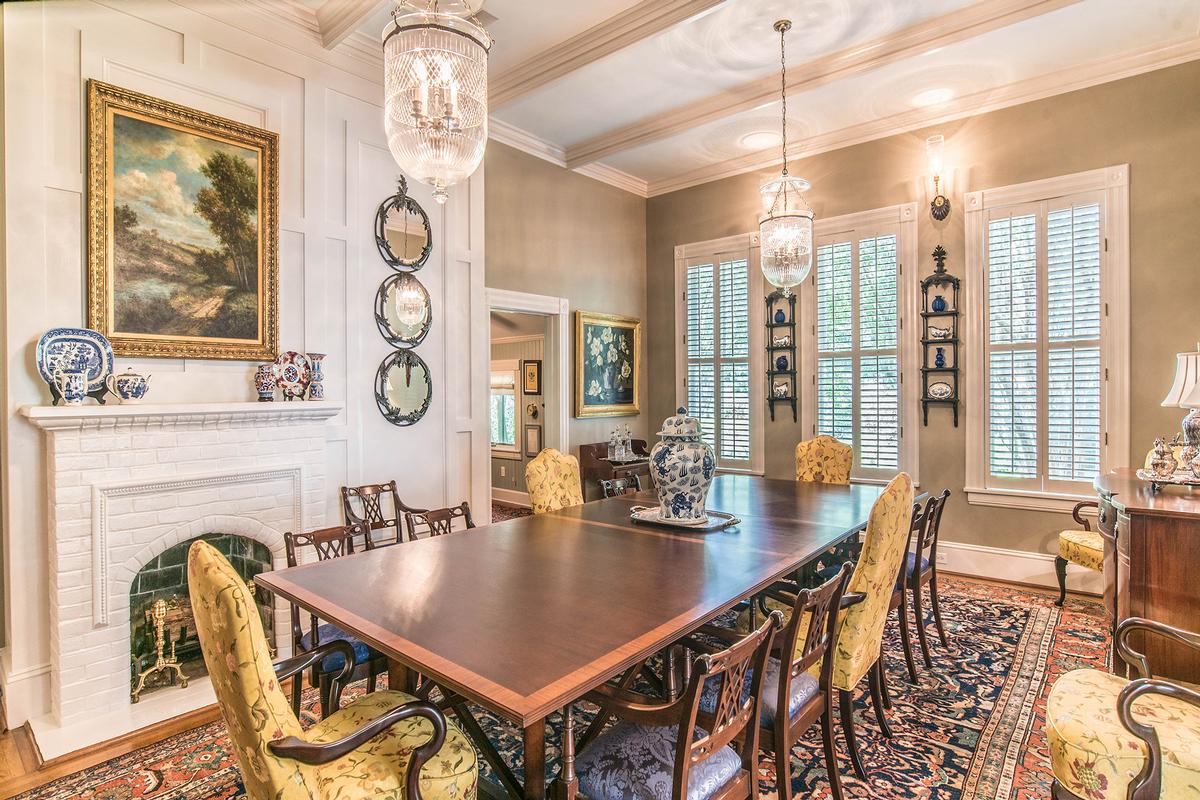 Luxury properties Historic Southern River Estate