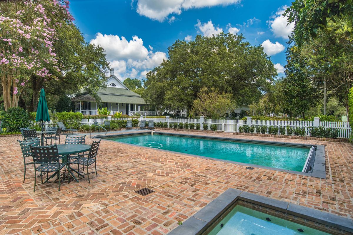 Historic Southern River Estate luxury properties