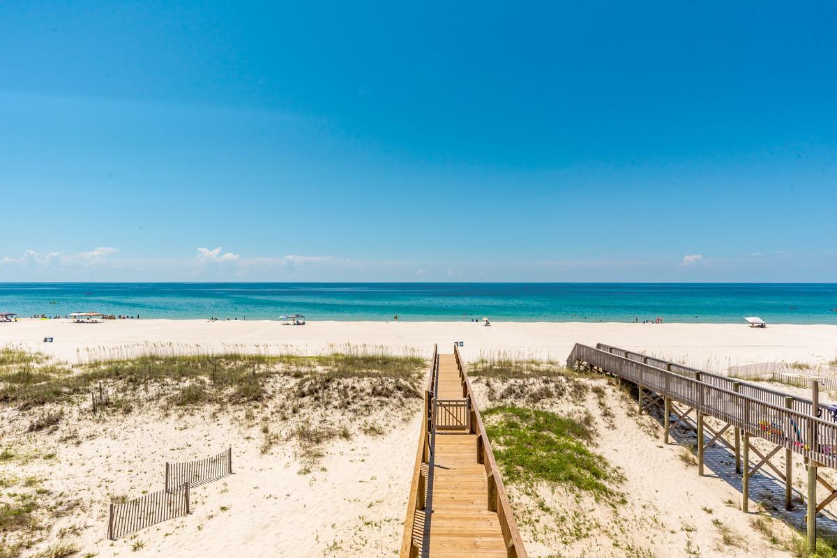 Luxury properties Stunning Gulf Views from 2 Balconies