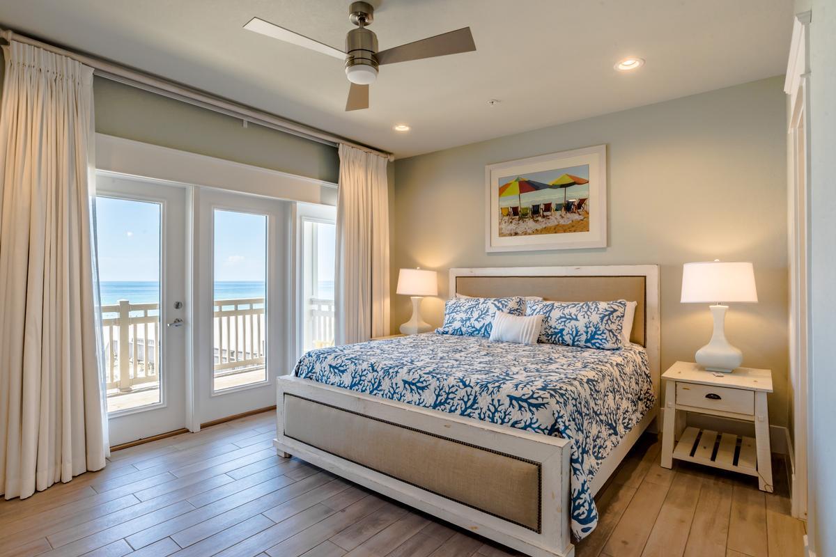 Stunning Gulf Views from 2 Balconies luxury homes