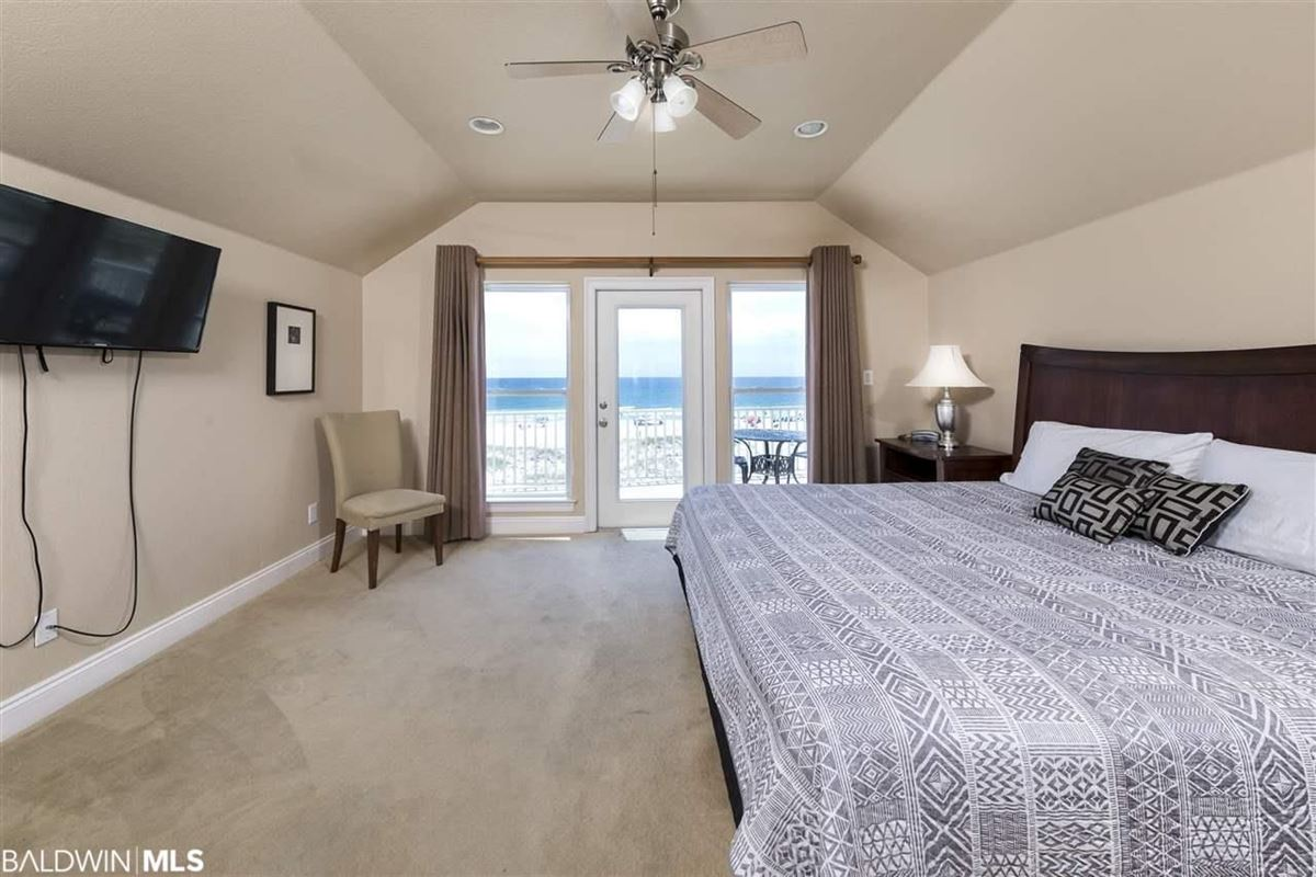 Mansions in Fantastic Private Gulf Front Community