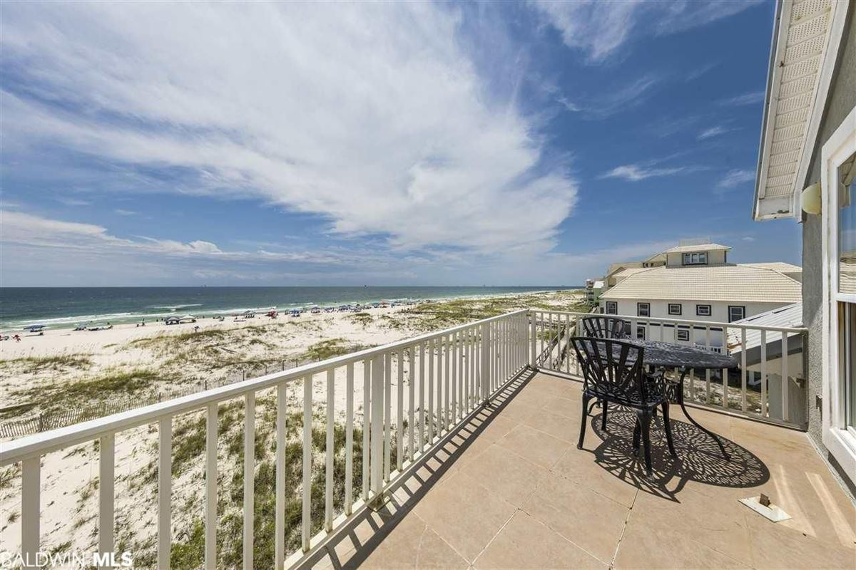 Luxury real estate Fantastic Private Gulf Front Community