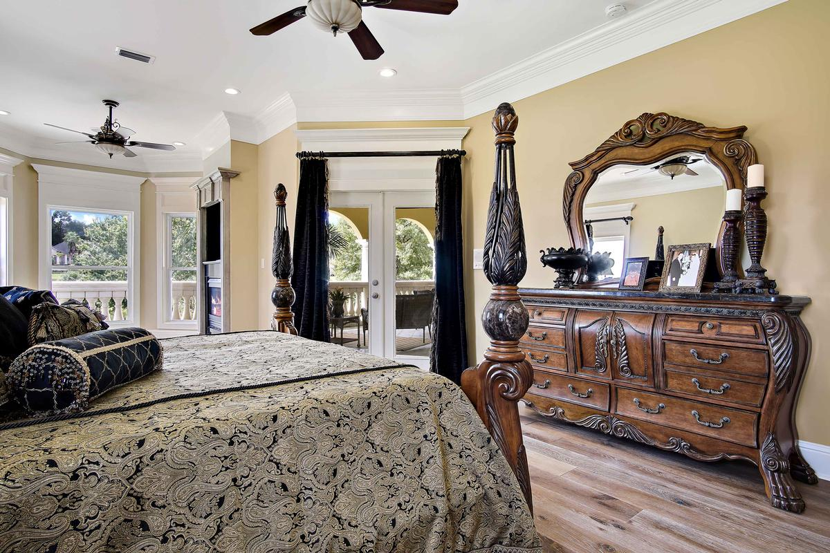 Luxury homes Italian Palazzo in Isle of Palms