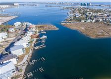 Luxury homes WATERFRONT LIVING AT ITS BEST