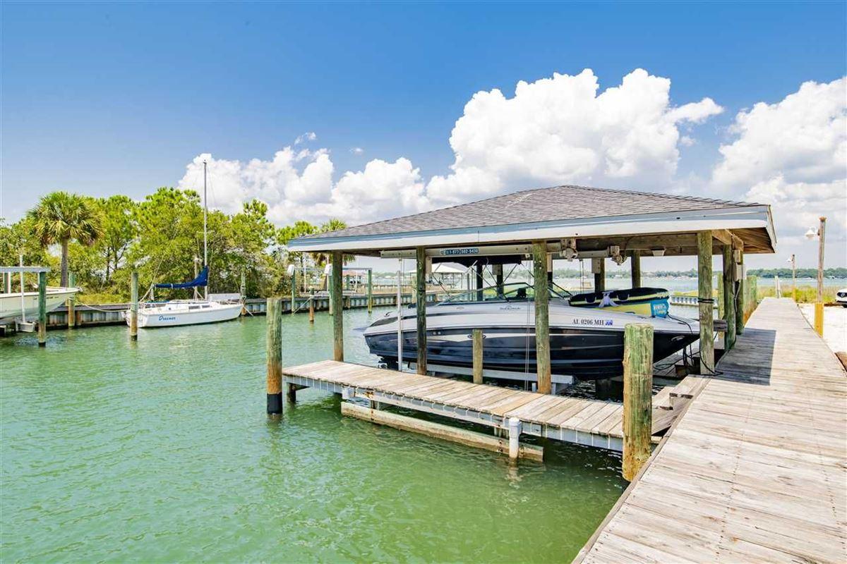 Extraordinary Location on Ono Island luxury homes