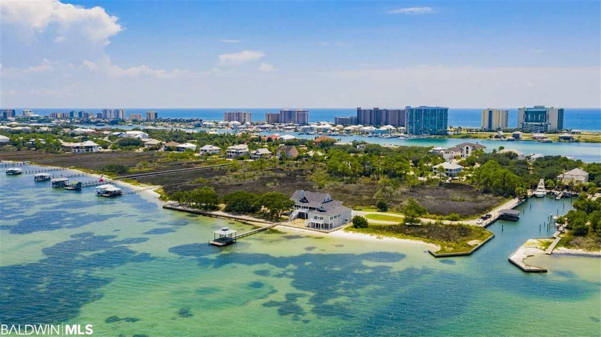 Extraordinary Location on Ono Island luxury real estate