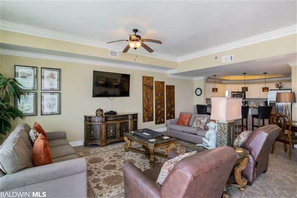 Luxury properties Come enjoy the island life