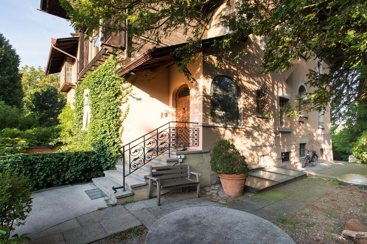 Chalet Villa in Zurich City luxury homes