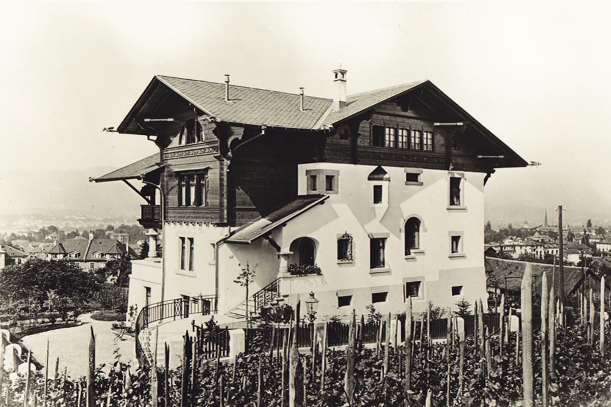 Luxury real estate Chalet Villa in Zurich City