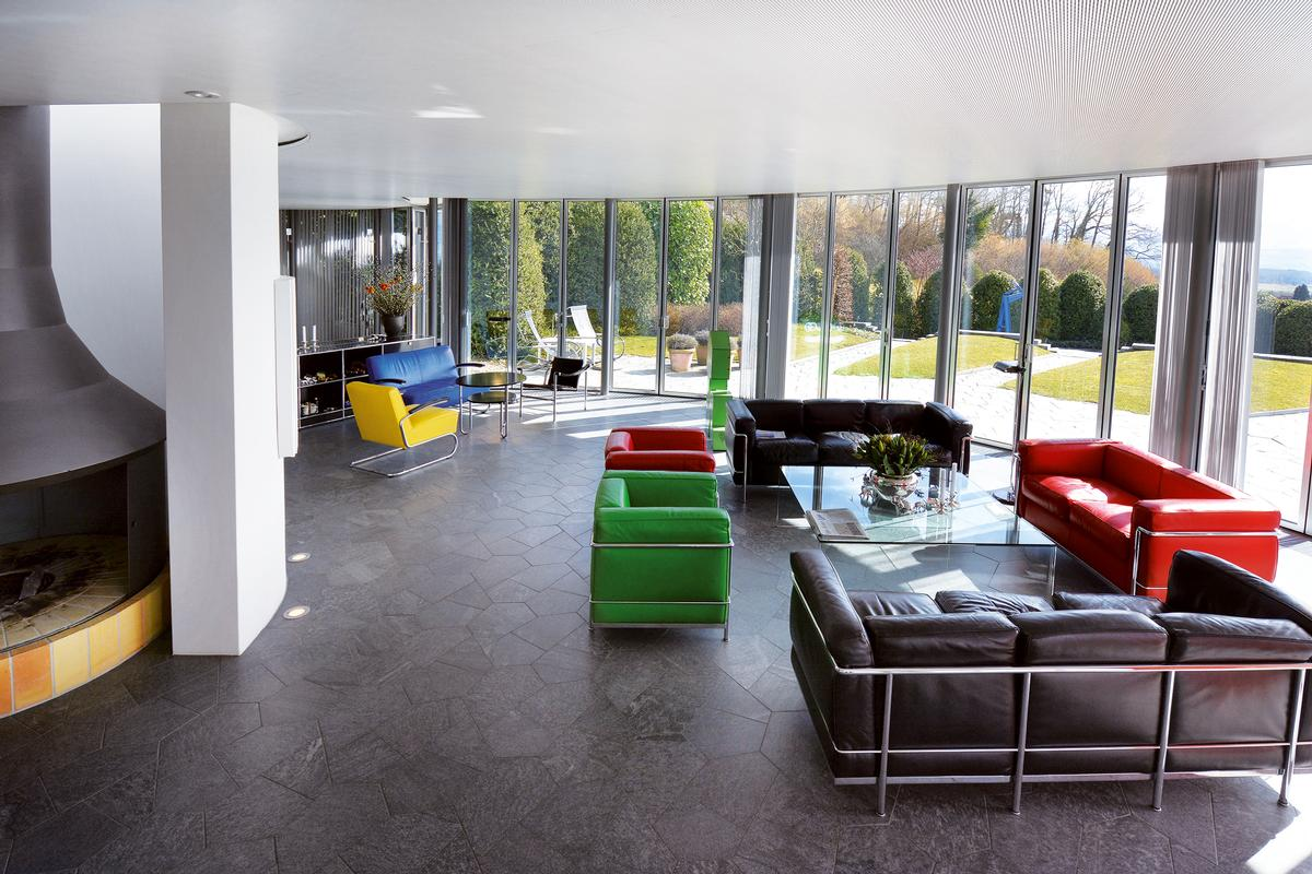 Luxury homes Architect-designed house between Zug and Zurich
