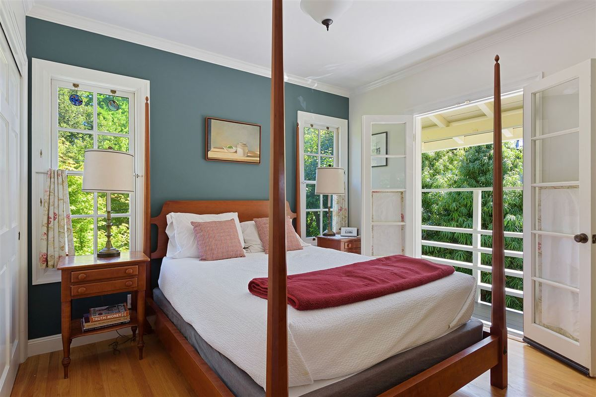 Luxury real estate Beautiful four bedroom home for rent on coveted Alder Avenue
