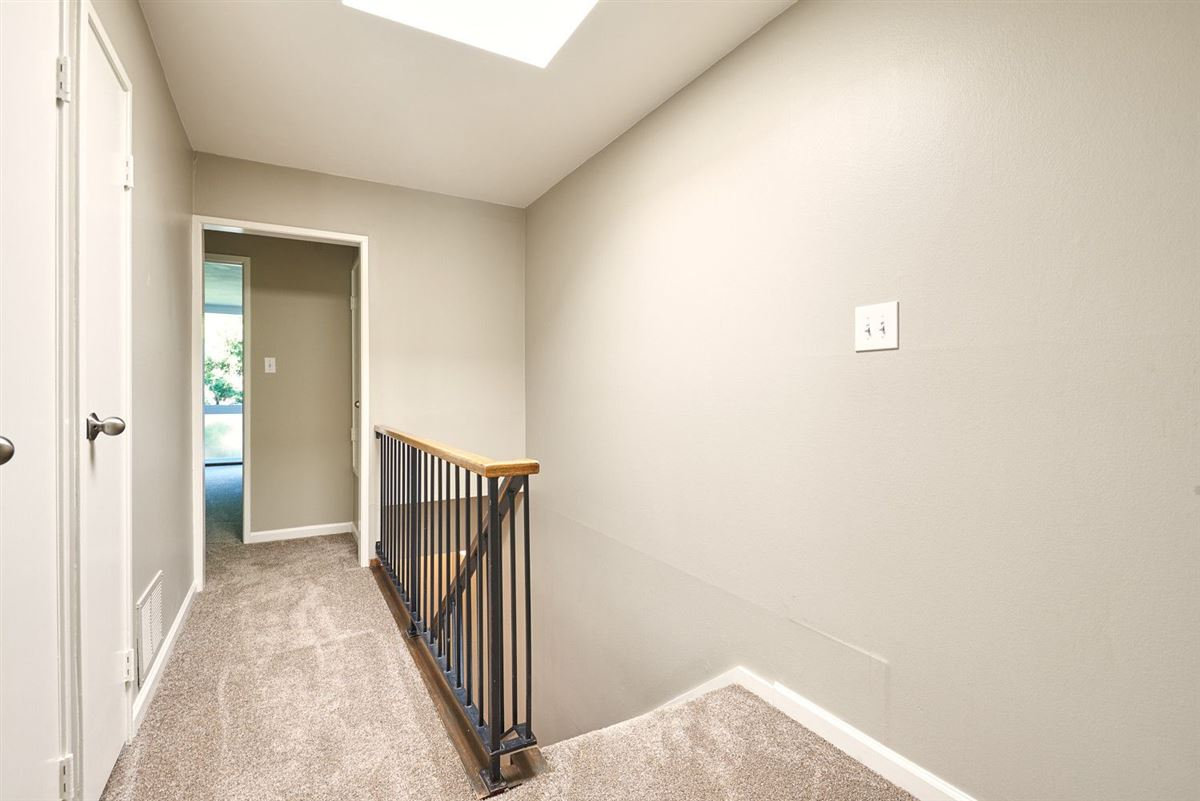 Mansions This beautifully remodeled Townhome is strategically located
