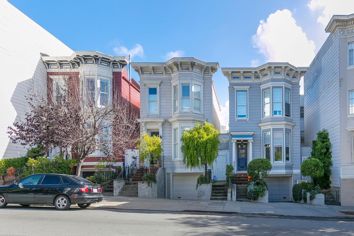Luxury homes in Two Beautiful Pacific Heights Flats