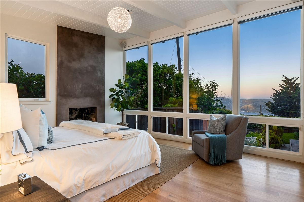 Exquisite modern Sausalito home mansions