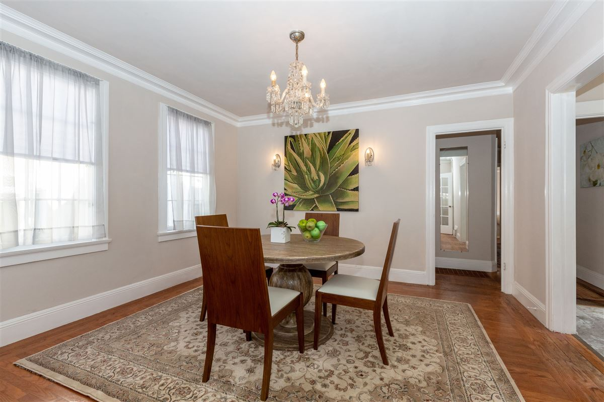 Luxury properties beautifully detailed home in miraloma park