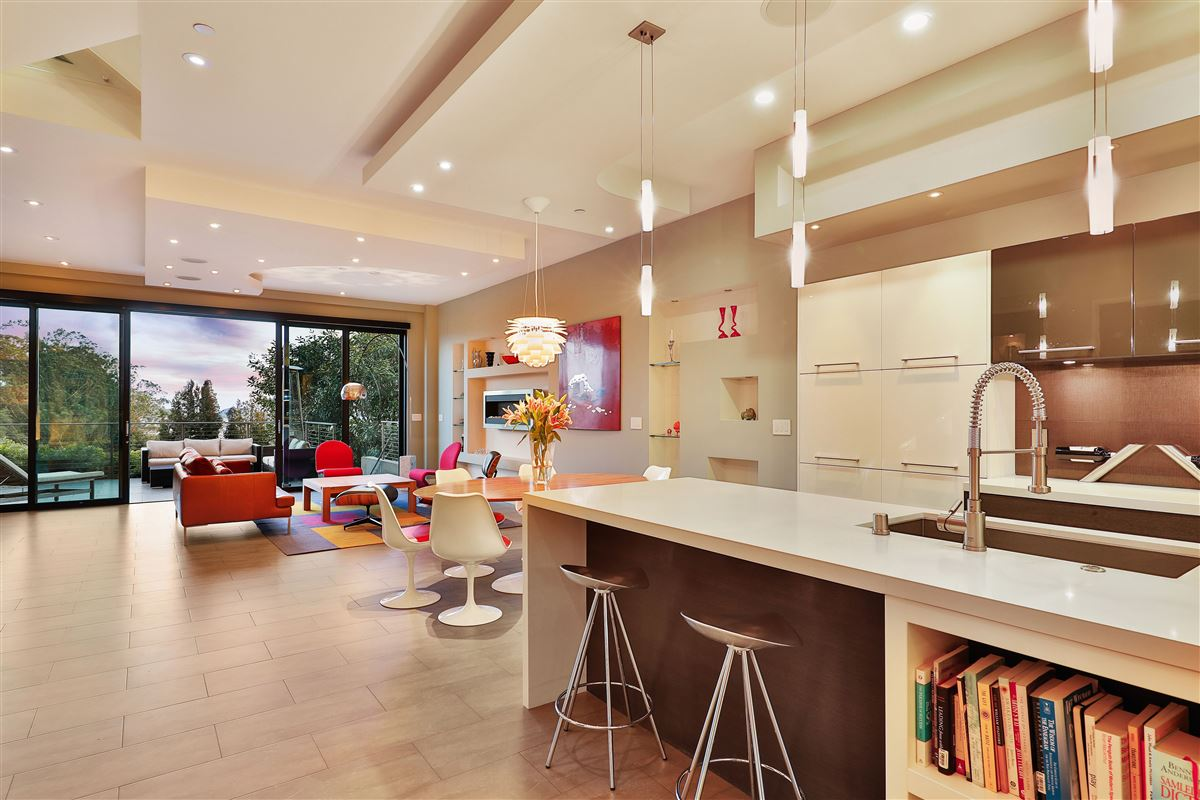 Luxury homes beautifully designed 3 bedroom