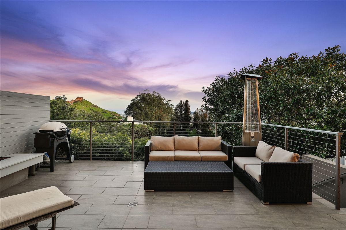 Luxury real estate beautifully designed 3 bedroom