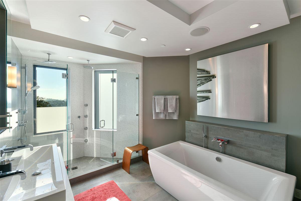 Luxury homes in beautifully designed 3 bedroom